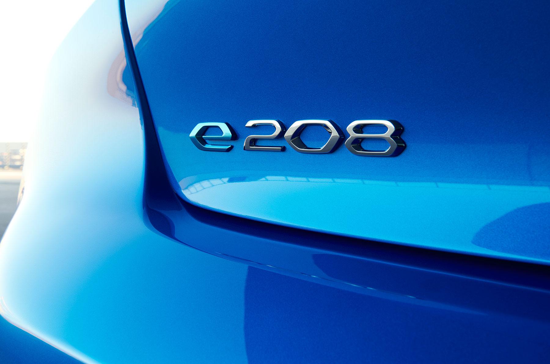 Peugeot e-208: bestellbar ab 30.450 Euro