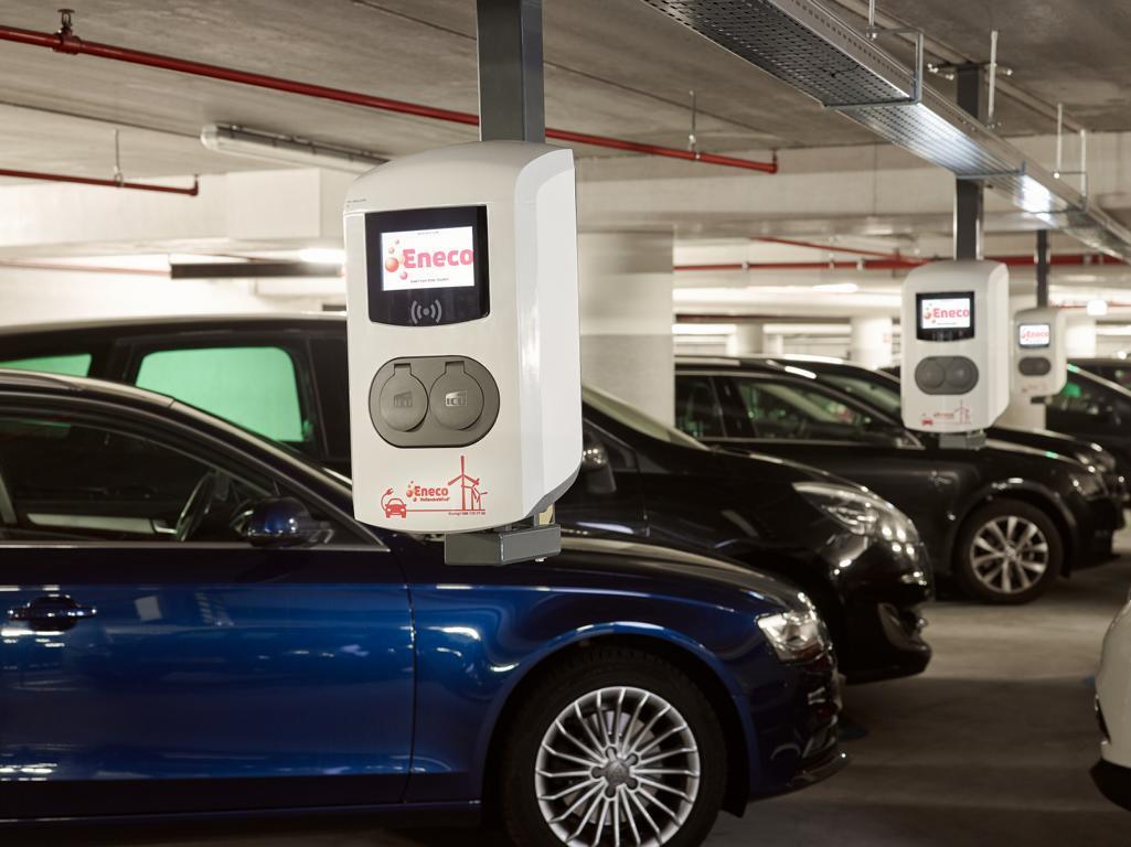 Eneco eMobility expandiert und übernimmt deutschen Anbieter chargeIT