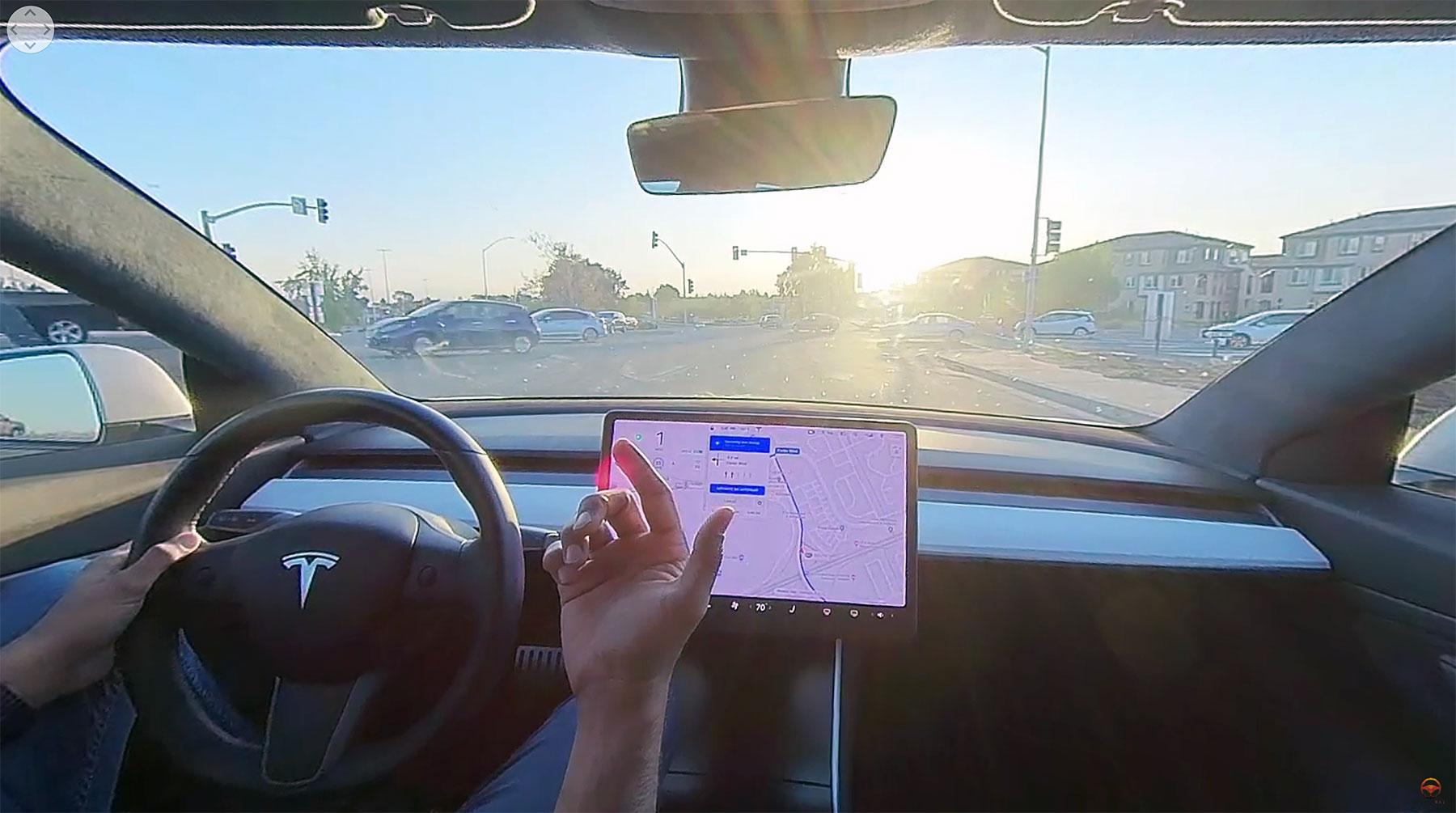 "Donnerstag Kompakt: 360°-Video mit Tesla FSD-Autopilot, Skateboard-Architektur demnächst passé, Politiker und ""Technologieoffenheit"", Tesla-Rückruf in China"