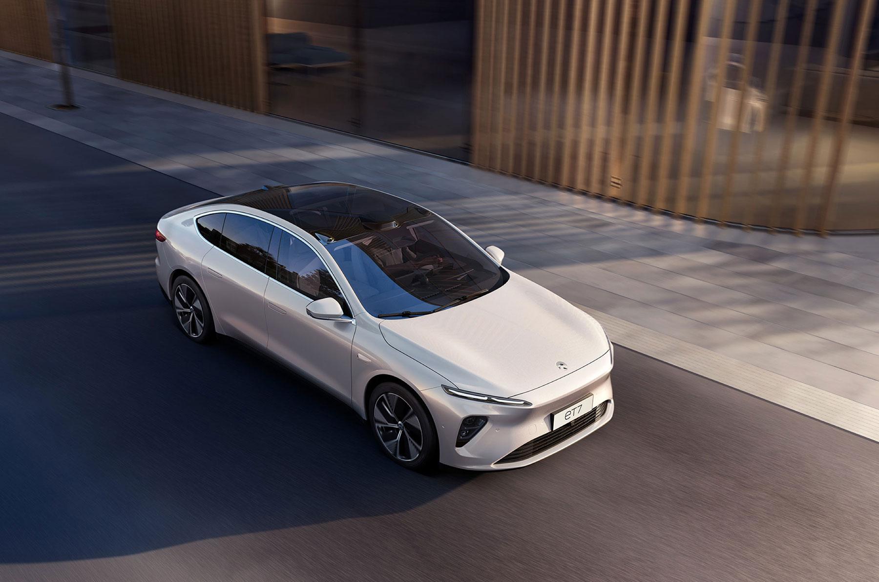Montag Kompakt: Sandy Munro über China, Edmunds über Teslas Reichweiten, bringt ein deutsches Startup die ersten Solidstate-Batterien zur Marktreife